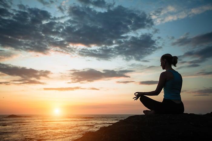 Arvojen ja itseohjautuvuuden avulla läpi harmaan kiven