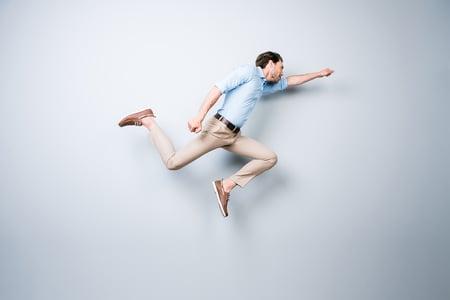 Itseohjautuvuus – pieniä askelia vai heti syvään päähän?