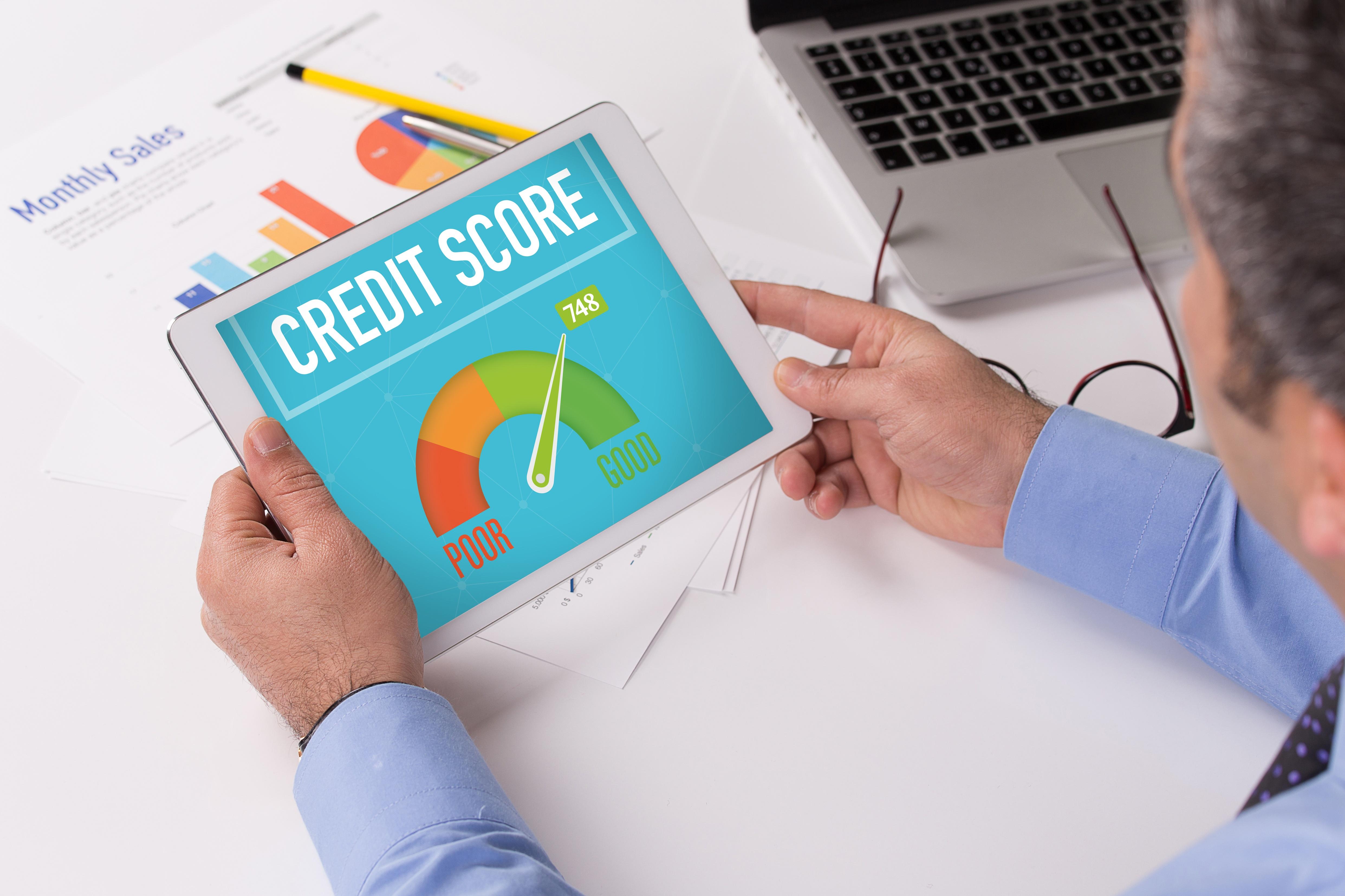 Luottoluokitukset Luotettava Kumppani -raportilla